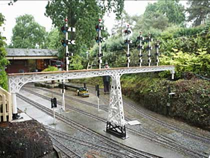 Signals in u7se at Luscombe Valley Railway